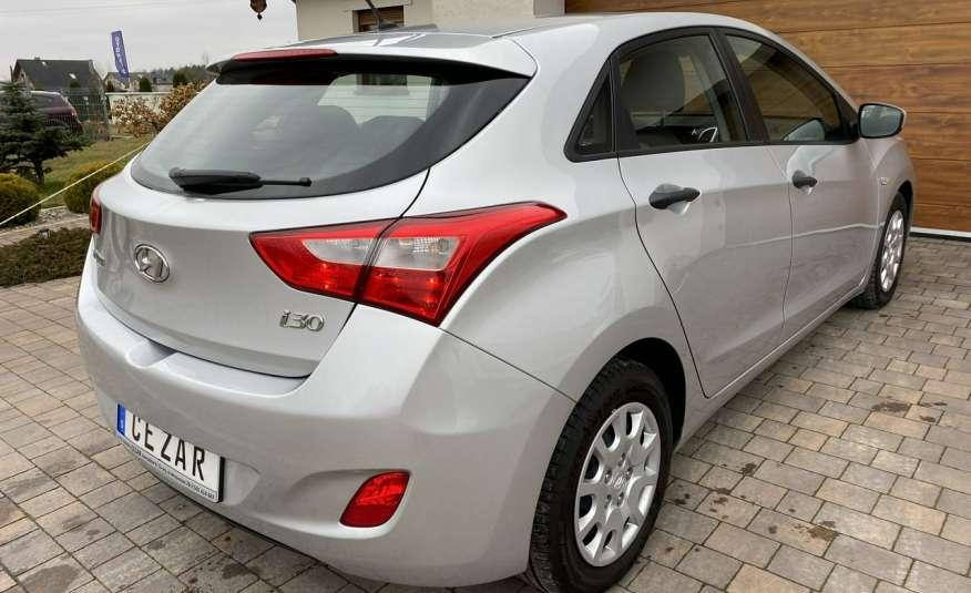 Hyundai i30 1.4 z Niemiec 6 biegów ładny bezwypadkowy po opłatach Cz wa 12r zdjęcie 4