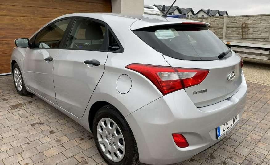 Hyundai i30 1.4 z Niemiec 6 biegów ładny bezwypadkowy po opłatach Cz wa 12r zdjęcie 6