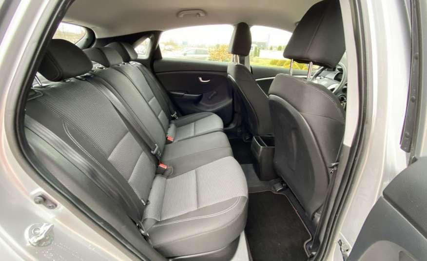 Hyundai i30 1.4 z Niemiec 6 biegów ładny bezwypadkowy po opłatach Cz wa 12r zdjęcie 13