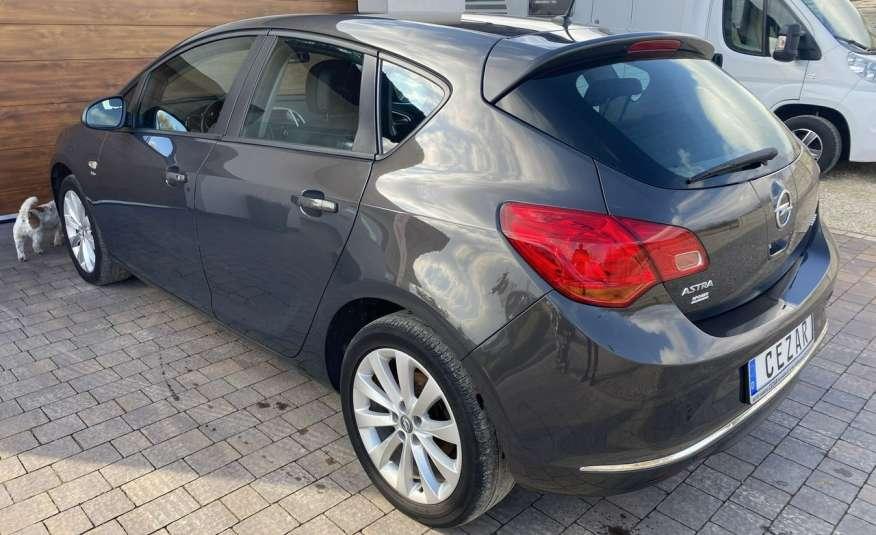 Opel Astra 1.4 benzyna 5 drzwi serwisowana bezwypadkowa 13r zdjęcie 6