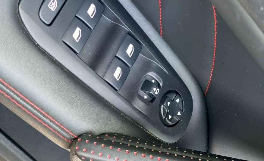 Peugeot 308 2.0 HDI 180KM GT zdjęcie 17