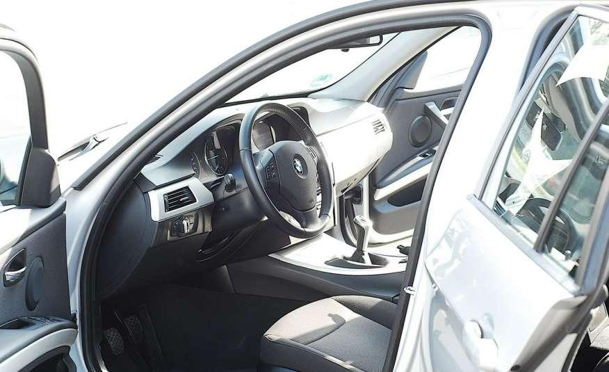 BMW 320 Lifting 320d 177KM touring NAVI GPS Alu Webasto fabryczne Z Niemiec zdjęcie 8