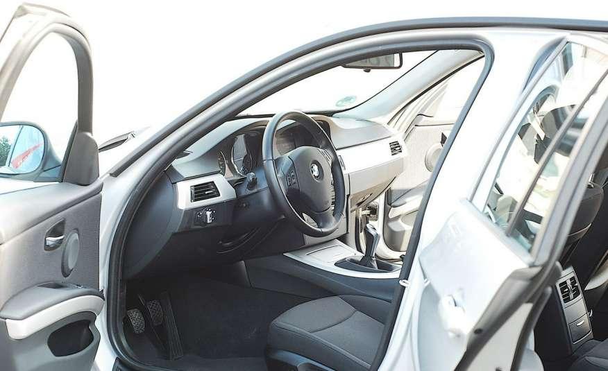 BMW 320 Lifting 320d 177KM touring NAVI GPS Alu Webasto fabryczne Z Niemiec zdjęcie 10