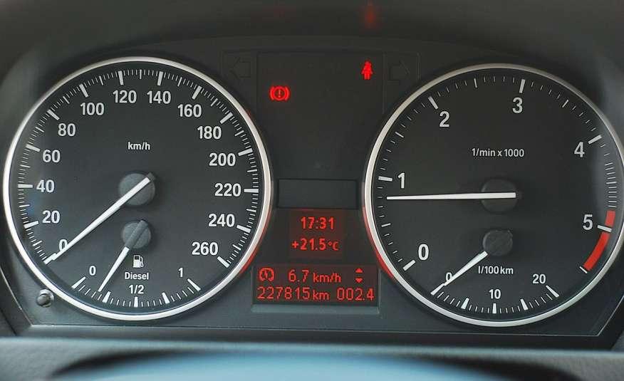 BMW 320 Lifting 320d 177KM touring NAVI GPS Alu Webasto fabryczne Z Niemiec zdjęcie 23