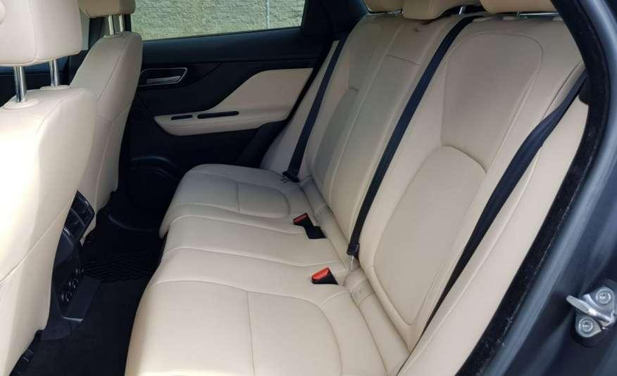 Jaguar F-Pace 25t 2.0 turbo 250KM, automat.4x4, skóry, kamera, panorama.1 rok gwarancji zdjęcie 10