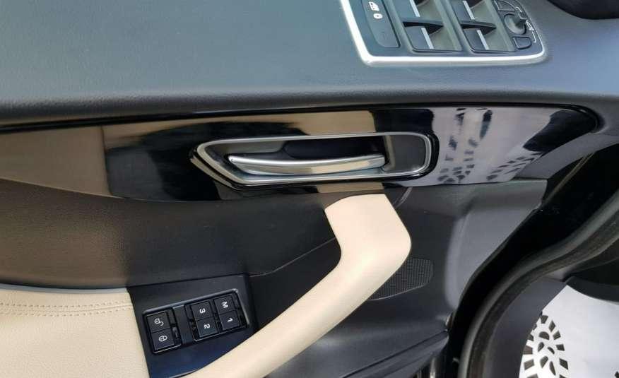 Jaguar F-Pace 25t 2.0 turbo 250KM, automat.4x4, skóry, kamera, panorama.1 rok gwarancji zdjęcie 13