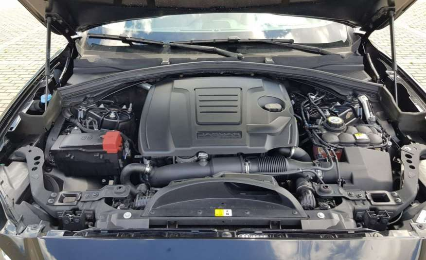 Jaguar F-Pace 25t 2.0 turbo 250KM, automat.4x4, skóry, kamera, panorama.1 rok gwarancji zdjęcie 19