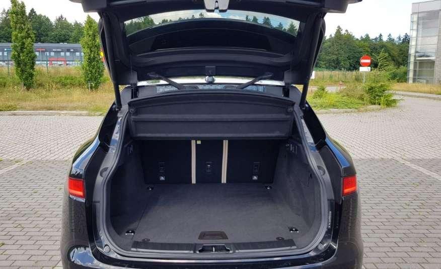Jaguar F-Pace 25t 2.0 turbo 250KM, automat.4x4, skóry, kamera, panorama.1 rok gwarancji zdjęcie 22