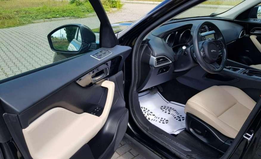 Jaguar F-Pace 25t 2.0 turbo 250KM, automat.4x4, skóry, kamera, panorama.1 rok gwarancji zdjęcie 28