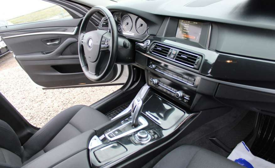 BMW 520 2.0 D F-vat xenon led Automat zdjęcie 19