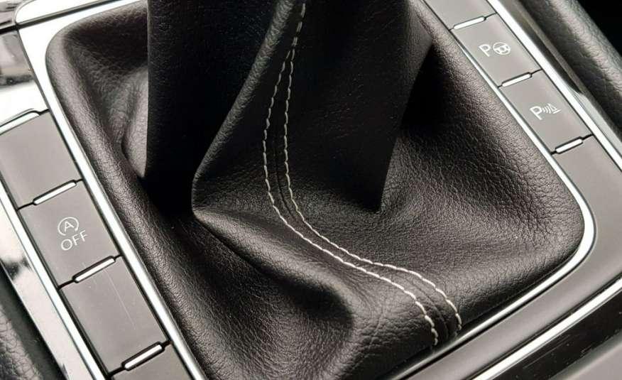 Volkswagen Golf Oryginał lakier 100%+niski przebieg+roczna gwarancja GetHelp w cenie zdjęcie 23