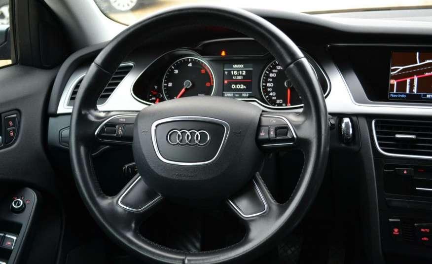 Audi A4 Alufelgi Pełny FiS Nawigacja Podgrz. fotele Climatronic Serwis Zarej zdjęcie 8