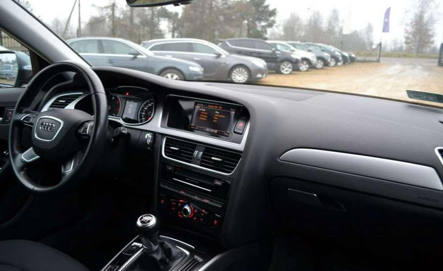 Audi A4 Alufelgi Pełny FiS Nawigacja Podgrz. fotele Climatronic Serwis Zarej zdjęcie 11