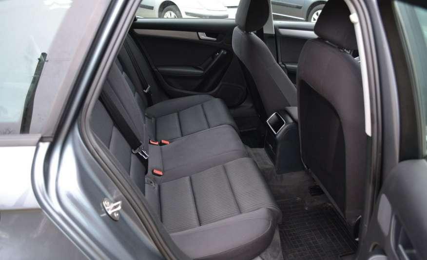 Audi A4 Alufelgi Pełny FiS Nawigacja Podgrz. fotele Climatronic Serwis Zarej zdjęcie 12