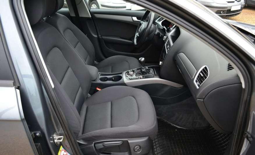 Audi A4 Alufelgi Pełny FiS Nawigacja Podgrz. fotele Climatronic Serwis Zarej zdjęcie 13