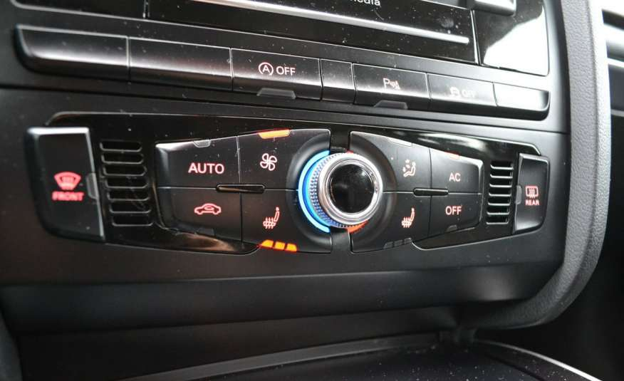 Audi A4 Alufelgi Pełny FiS Nawigacja Podgrz. fotele Climatronic Serwis Zarej zdjęcie 18