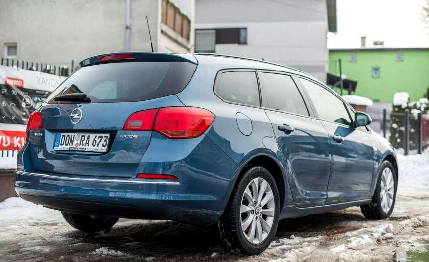 Opel Astra 1.7_Diesel_155 tys.km_LED_PDC zdjęcie 9