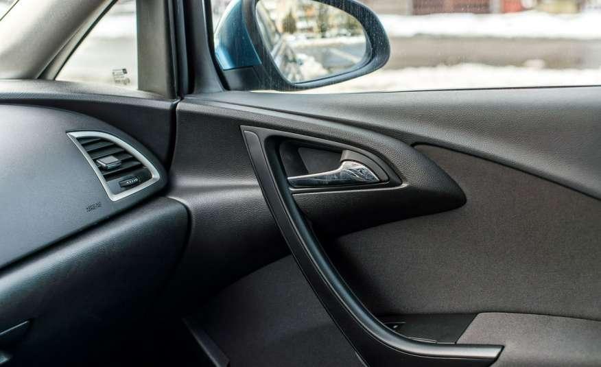 Opel Astra 1.7_Diesel_155 tys.km_LED_PDC zdjęcie 11