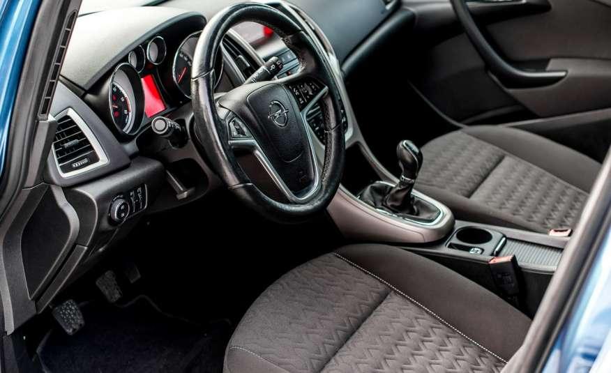 Opel Astra 1.7_Diesel_155 tys.km_LED_PDC zdjęcie 13