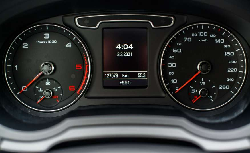 Audi Q3 2.0_Diesel_140KM_127 tys. km_Kamera_NAVI_PDC_HAK_Zarejestrowany zdjęcie 13