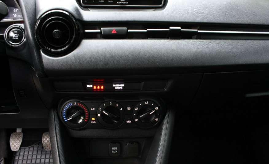 Mazda 2 1.5_Benzyna_132 tys. km_alu_klima_komplet kół zdjęcie 21