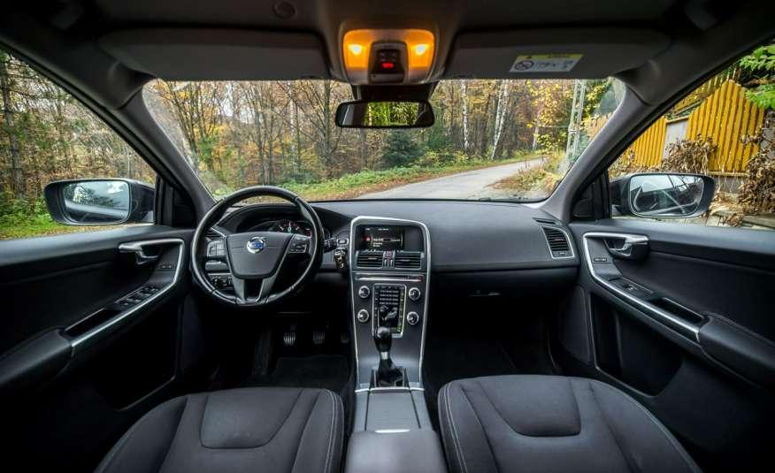 Volvo XC 60 2.4_D5_4x4_215KM_161 tyś. km_LED_NAVI_PDC_HAK_GWARANCJA zdjęcie 9