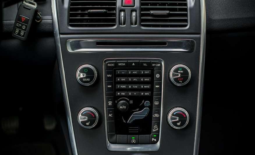 Volvo XC 60 2.4_D5_4x4_215KM_161 tyś. km_LED_NAVI_PDC_HAK_GWARANCJA zdjęcie 12