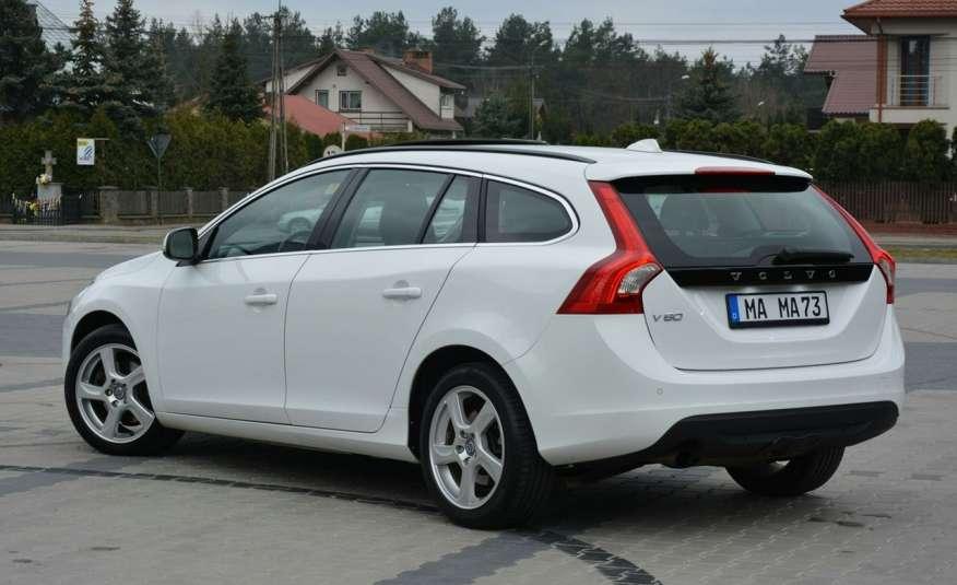 Volvo V60 2.0d(163KM) Biała Perła Xenon Led Skóry Navi Parkt. ASO zdjęcie 5