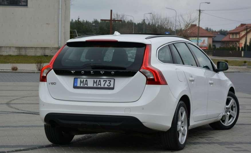 Volvo V60 2.0d(163KM) Biała Perła Xenon Led Skóry Navi Parkt. ASO zdjęcie 15