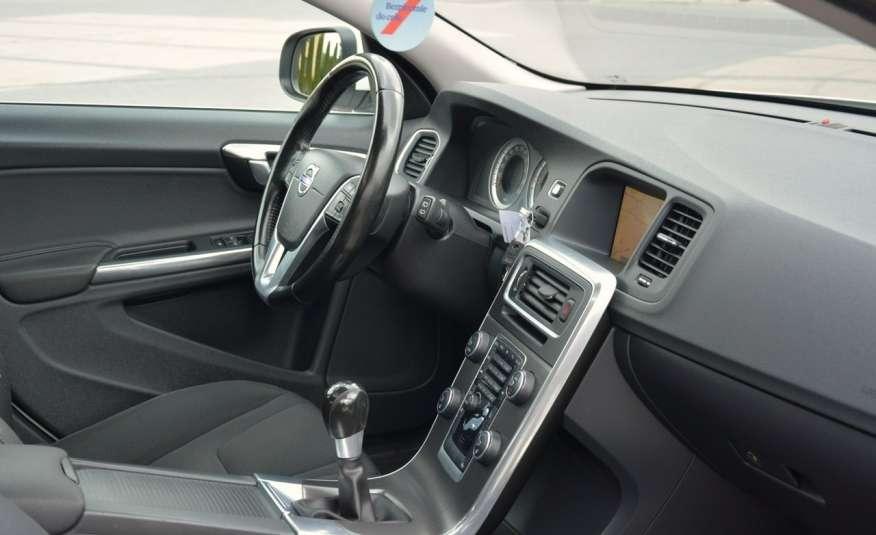 Volvo V60 2.0d(163KM) Biała Perła Xenon Led Skóry Navi Parkt. ASO zdjęcie 18