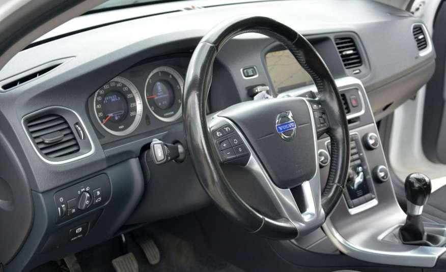 Volvo V60 2.0d(163KM) Biała Perła Xenon Led Skóry Navi Parkt. ASO zdjęcie 22