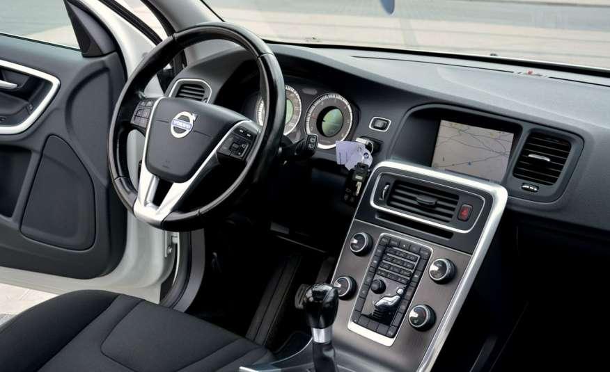 Volvo V60 2.0d(163KM) Biała Perła Xenon Led Skóry Navi Parkt. ASO zdjęcie 25