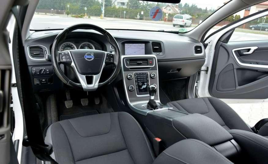 Volvo V60 2.0d(163KM) Biała Perła Xenon Led Skóry Navi Parkt. ASO zdjęcie 28