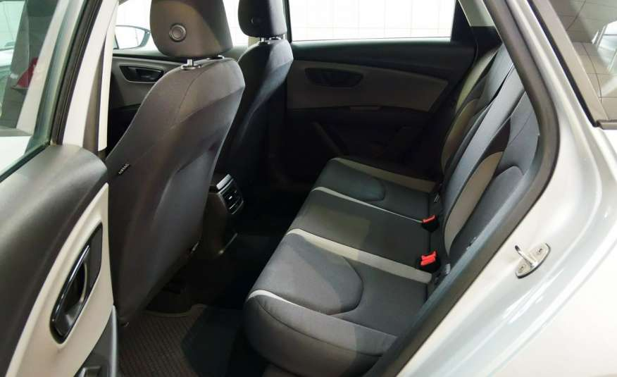 Seat Leon ST 1.6 TDI • Salon Polska • Serwis ASO • Bezwypadkowy • GWARANCJA zdjęcie 8