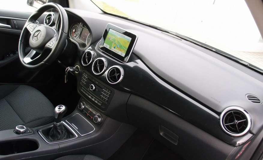 Mercedes B 180 LIFT / Navi / Parktronik / Tempomat / Serwis / IDEALNY / ROK GWARANCJI zdjęcie 24