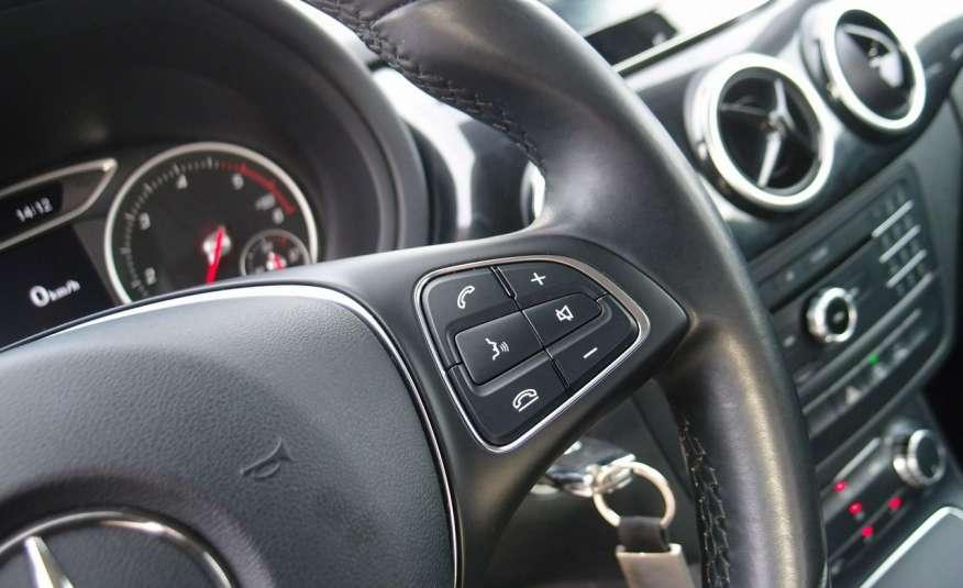 Mercedes B 180 LIFT / Navi / Parktronik / Tempomat / Serwis / IDEALNY / ROK GWARANCJI zdjęcie 35