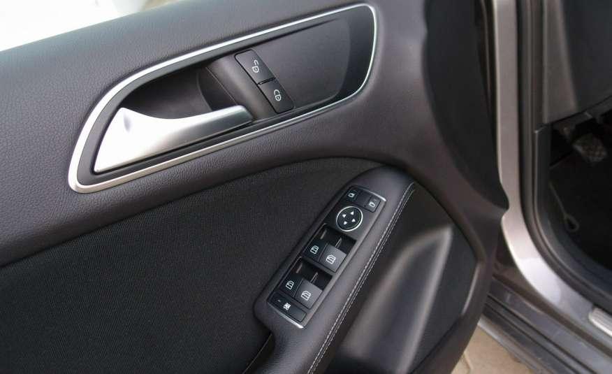 Mercedes B 180 LIFT / Navi / Parktronik / Tempomat / Serwis / IDEALNY / ROK GWARANCJI zdjęcie 38