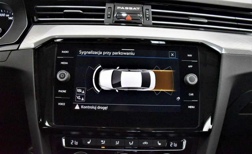 Volkswagen Passat SalonPl, Vat23%, Biznes, DSG, Przebieg , Navi, Czujnik parkowania, lift 4x2 zdjęcie 25