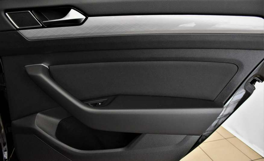 Volkswagen Passat SalonPl, Vat23%, Biznes, DSG, Przebieg , Navi, Czujnik parkowania, lift 4x2 zdjęcie 36