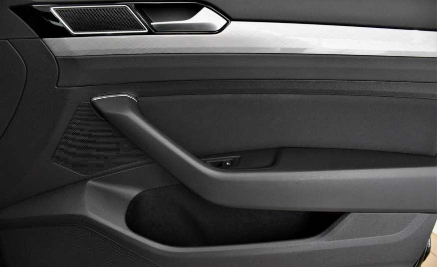 Volkswagen Passat SalonPl, Vat23%, Biznes, DSG, Przebieg , Navi, Czujnik parkowania, lift 4x2 zdjęcie 40