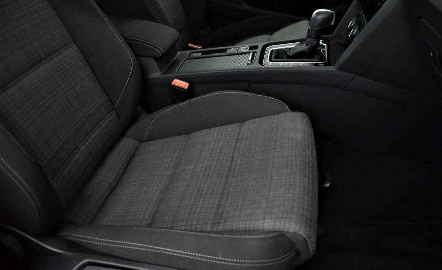 Volkswagen Passat SalonPl, Vat23%, Biznes, DSG, Przebieg , Navi, Czujnik parkowania, lift 4x2 zdjęcie 41