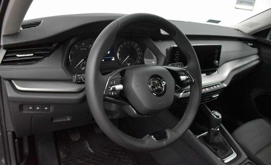 Skoda Octavia Ambition 150KM Polski salon Led Klima 2 stre Czujniki parkowania FV23% 4x2 zdjęcie 17