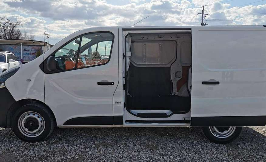 Opel Vivaro zdjęcie 10