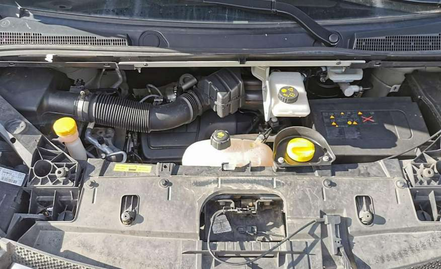 Opel Vivaro zdjęcie 13