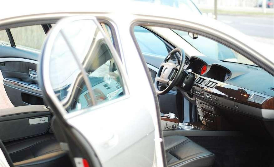 BMW 730 730d Lifting 211KM Bi Xenon Alu 20 Komfort Sitze Duża NAVI Z Niemiec zdjęcie 11