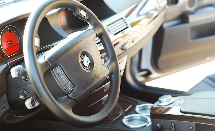 BMW 730 730d Lifting 211KM Bi Xenon Alu 20 Komfort Sitze Duża NAVI Z Niemiec zdjęcie 17