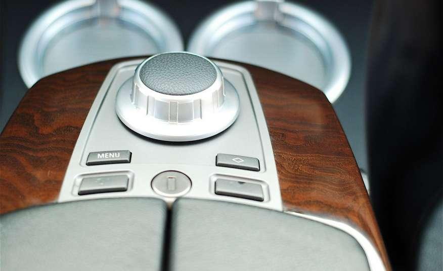 BMW 730 730d Lifting 211KM Bi Xenon Alu 20 Komfort Sitze Duża NAVI Z Niemiec zdjęcie 21