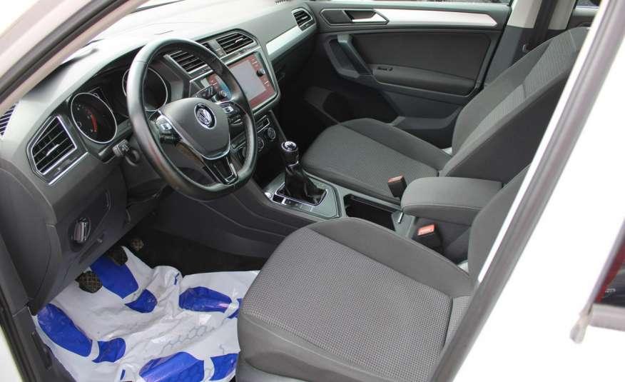 Volkswagen Tiguan F-Vat, Gwarancja, Salon Polska, Klimatronik, Czujnki Parkowania zdjęcie 13