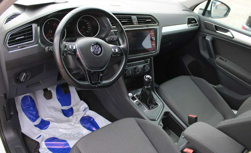 Volkswagen Tiguan F-Vat, Gwarancja, Salon Polska, Klimatronik, Czujnki Parkowania zdjęcie 14