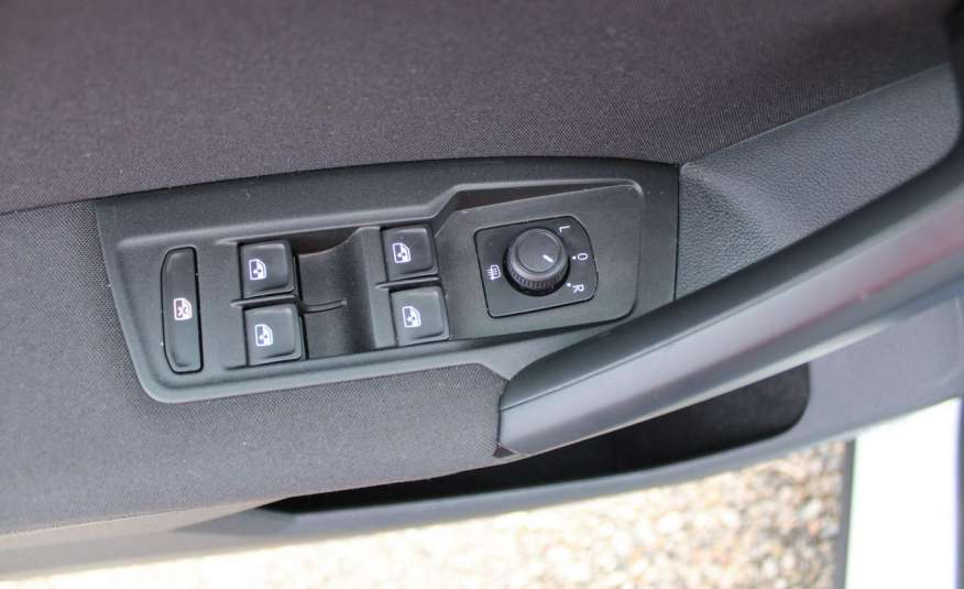 Volkswagen Tiguan F-Vat, Gwarancja, Salon Polska, Klimatronik, Czujnki Parkowania zdjęcie 15